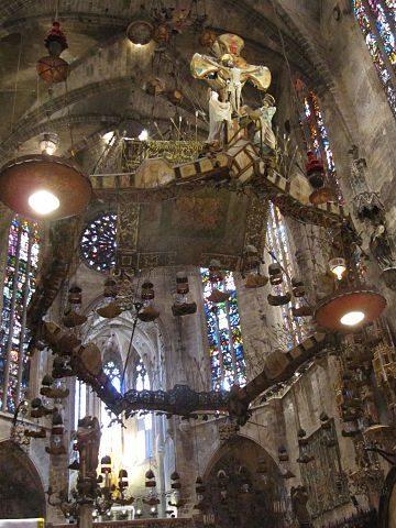 Baldaquino de Gaudí de la Catedral de Palma de Mallorca
