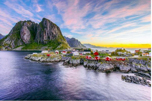 Amanecer en Lofoten, Noruega