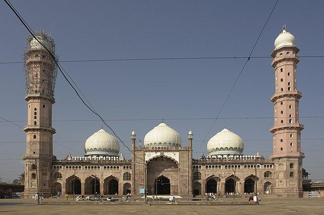 Mezquita de Taj-ul-Masajid (India)