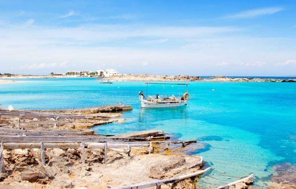 Playa els Pujols, en Formentera