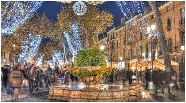Aix-en-Provence de noche