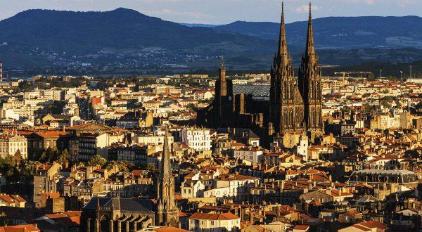 Catedral de Clermont Ferrand
