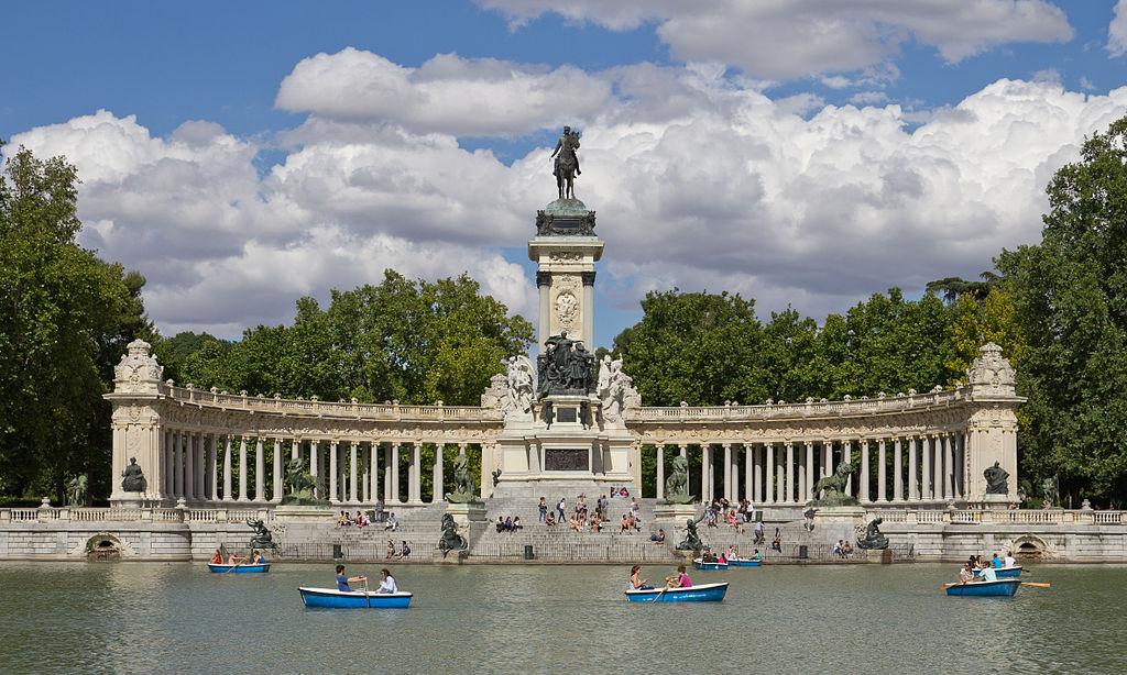 Estanque y Monumento a Alfonso XII en el Retiro